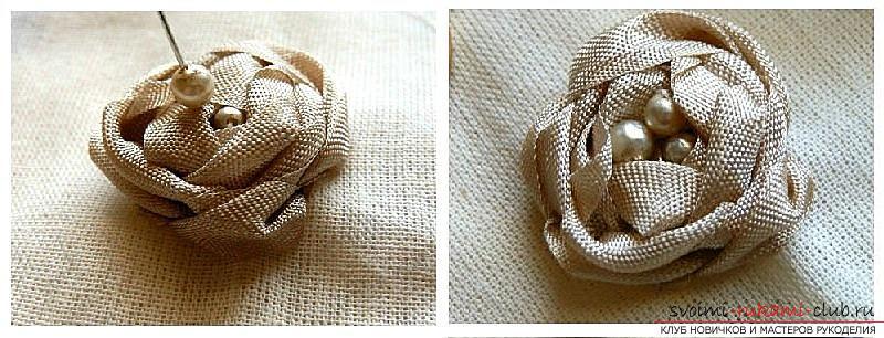 Как сделать розы из ленты своими руками, пошаговые фото и инструкция по созданию цветка, семь вариантов роз из ленты в виде бутонов и распустившихся цветов. Фото №2
