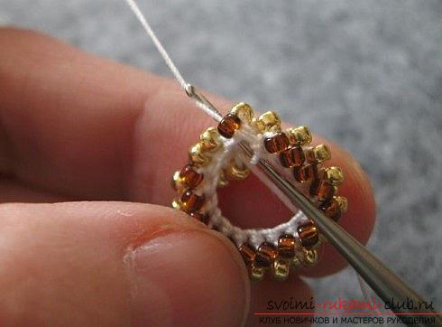 Мастер классы по плетению жгутов из бисера различных размеров, фото готовый изделий.. Фото №41