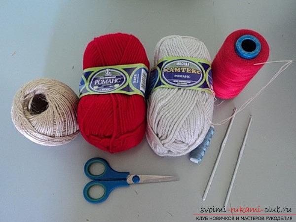 В сегодняшнем уроке схема вязания тапочек крючком. Фото №1