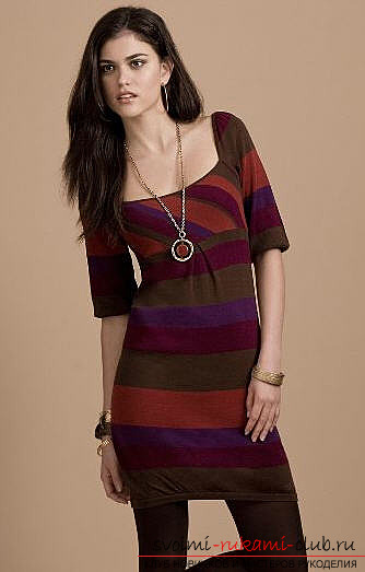 Трикотажное полосатое платье выкройка