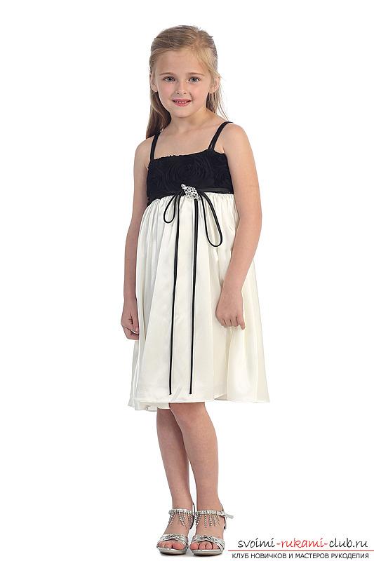 Выкройки платьев для девочек обеспечат вам отличную возможность создать маленькой принцессе королевский гардероб 20 фотографий