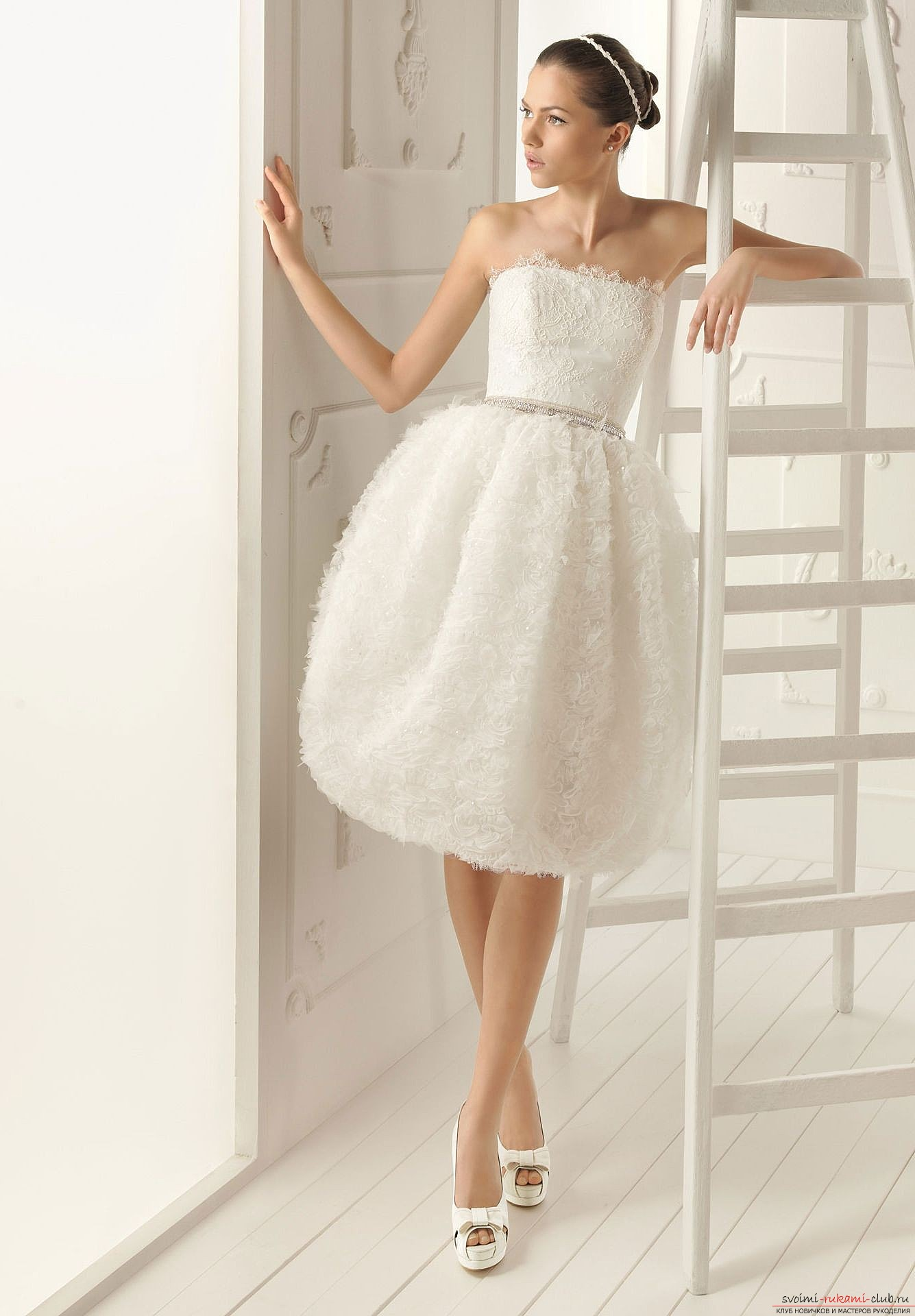 Выкройки платьев для начинающих являются достаточно простыми и