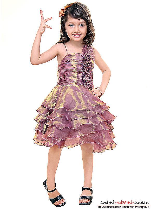 Бальное нарядное платье для