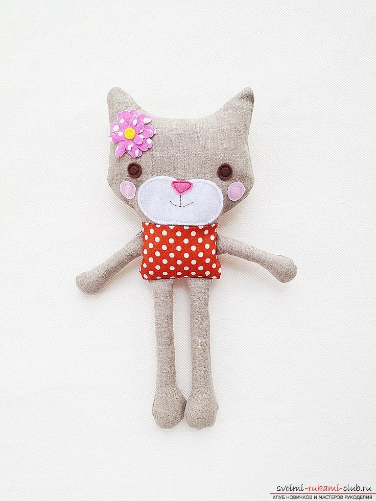 Игрушка кошка из ткани своими руками 38