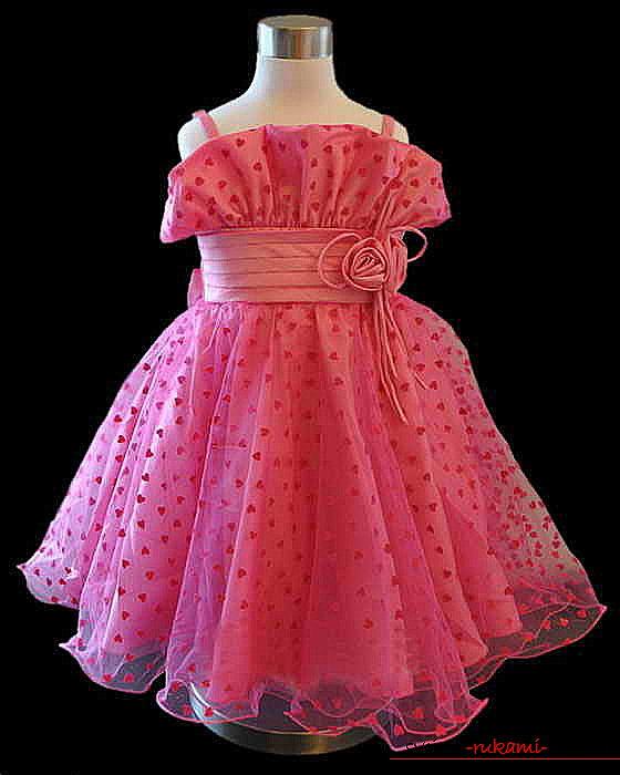 Выкройка красивого платья для девочки