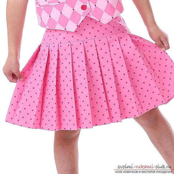 Выкройка юбки для девочки - прекрасный способ подчеркнуть свою индивидуальность.
