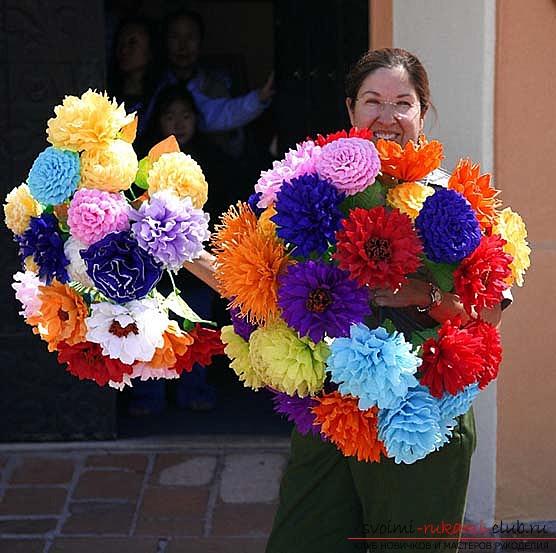 Как сделать пышный букет цветов из бумаги