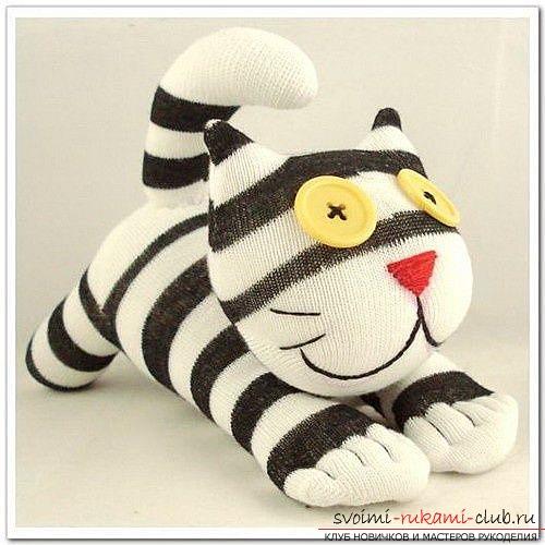 Кошки из носка своими руками