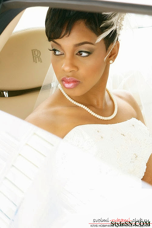 Прическа на свадьбу - это то, что нужно для каждой невесты 2015 года 21 фотографий