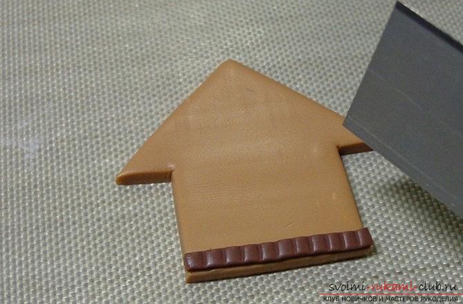 Пряничный домик из полимерной глины - новогодний мастер-класс своими руками. Фото №2