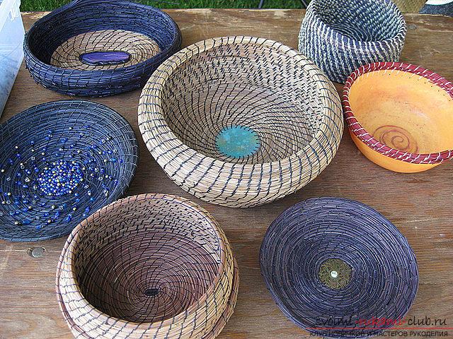 Плетение оригинальной корзины из сосновых иголок с объяснениями и поэтапными фото.. Фото №3