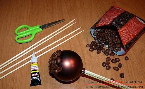 Как сделать топиарий из кофейных зерен своими руками, пошаговые фото, подробная инструкция, советы и рекомендации по созданию кофейных деревьев различной формы. Фото №2