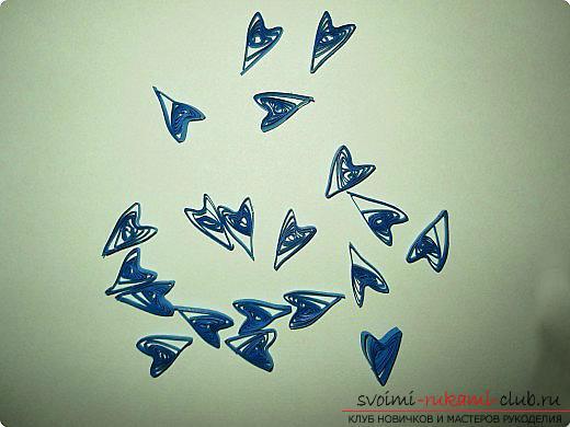 Техника квиллинг, различные цветы в технике квиллинг своими руками, создание композиций с использованием цветов, выполненных в технике квиллинг, советы, рекомендации и инструкции по их созданию с поэтапными фото.. Фото №11