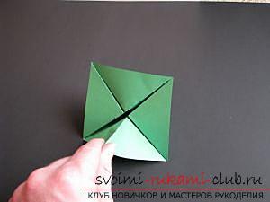 Как сделать декоративное деревце из бумаги, несколько мастер классов по созданию деревьев в технике квилинг, топиариев из бумаги и оригами. Фото №31