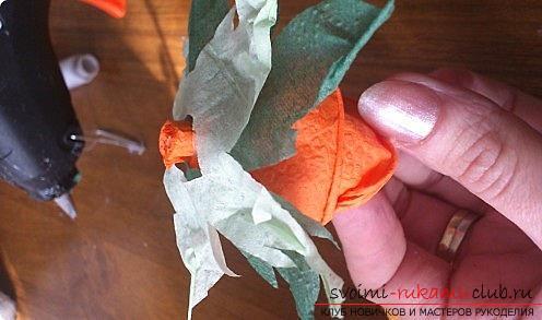 Как сделать красивое деревце топиарий из салфеток, пошаговые фото и подробное описание работы по созданию топиариев с различными цветами. Фото №14