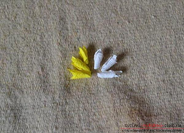 Как сделать декоративное деревце из бумаги, несколько мастер классов по созданию деревьев в технике квилинг, топиариев из бумаги и оригами. Фото №12