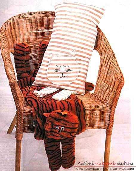 Рекомендации по изготовлению тигра-подушку своими руками.. Фото №3