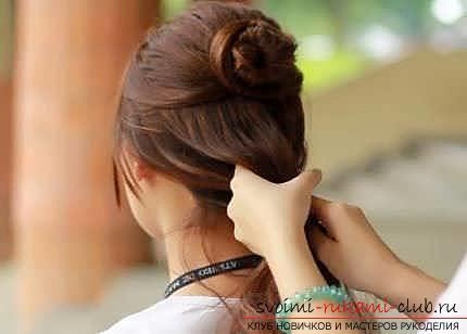 Мастер-класы по созданию модных причесок на средние по длине волосы своими руками за 5 минут. Фото №20