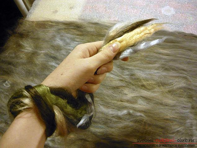 Как свалять стильный шарфик своими руками. Фото №3