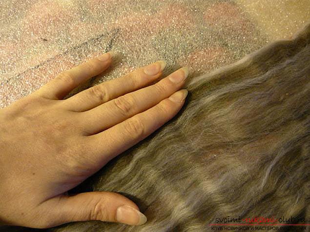 Как свалять стильный шарфик своими руками. Фото №6