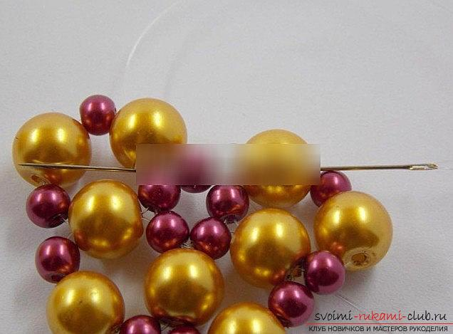 Как сделать красивый шарик из бисера для ёлки? Новогодний мастер-класс бисера