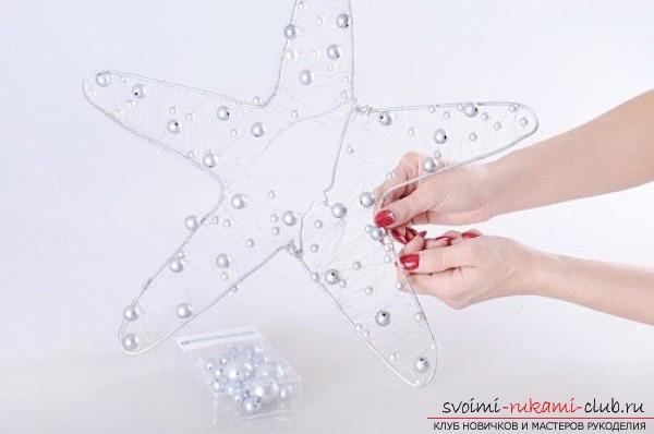 новогоднее украшение дома своими руками, звезда из цветов. Фото №3