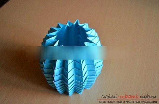 Урок оригами новогодней бумажной игрушки и мастер-класс новогоднего рукоделия. Фото №7