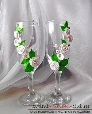 Как украсить бокалы полимерной глиной и как сделать кольца для салфеток из термопластики.. Фото №20