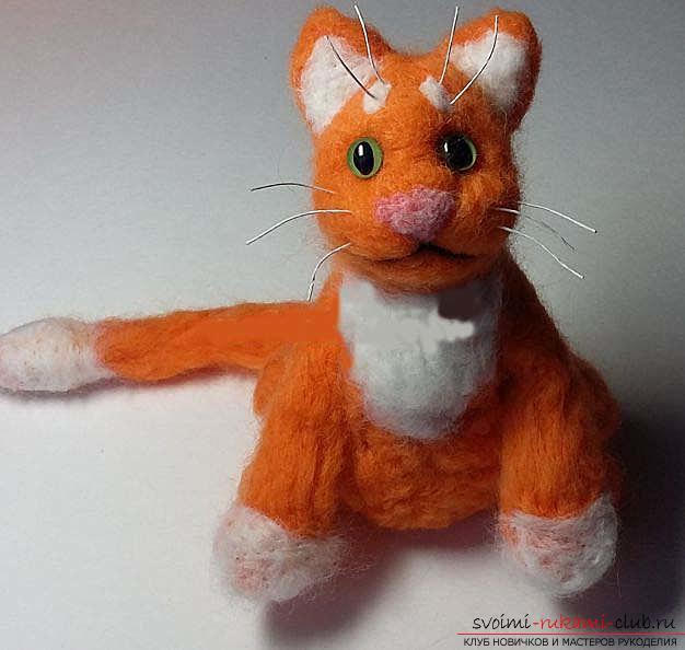 Как свалять красивого рыжего кота своими руками. Фото №8
