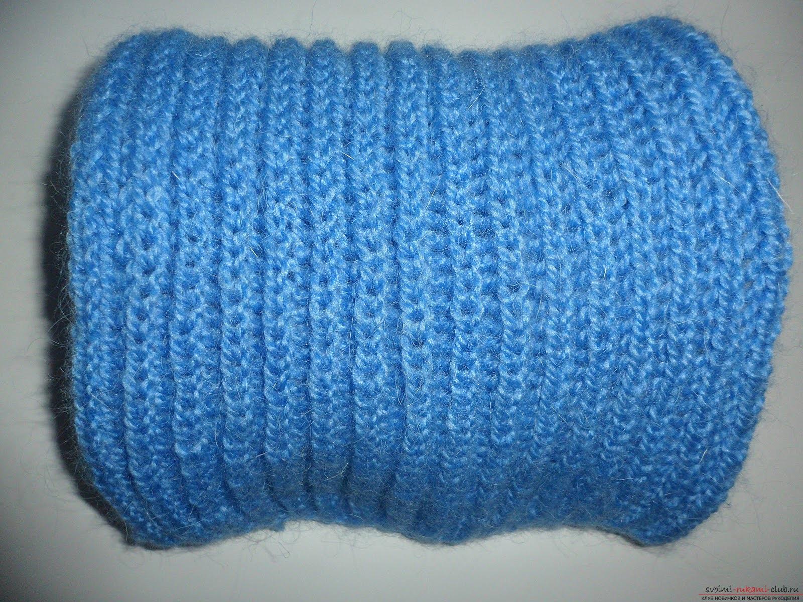 Вяжем шарф спицами для начинающих