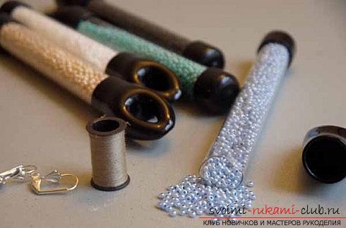 Несколько мастер классов по плетению серег из бисера, пошаговые фото и описание.. Фото №16