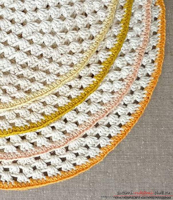 Красивый напольный коврик крючком для начинающих. Фото №14