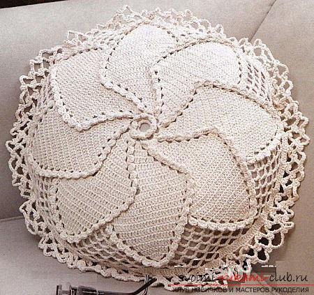 Как связать подушку крючком, схемы и подробное описание работы, фото готовых изделий.. Фото №10