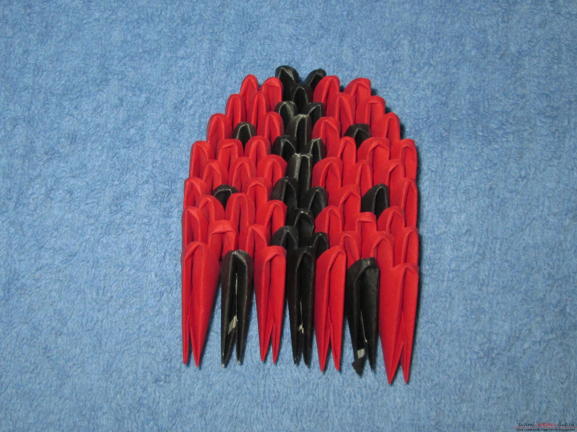 Этот мастер-класс расскажет как сделать модульное оригами из бумаги - божью коровку