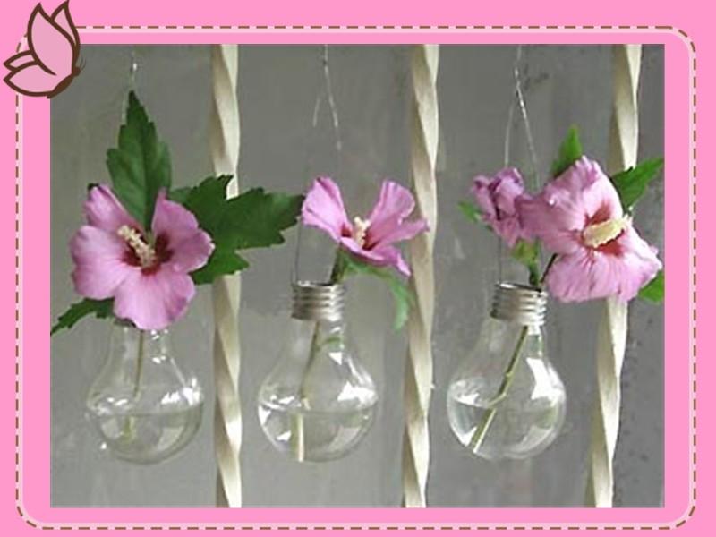 Как сделать новогодние украшения из лампочек. Фото №7