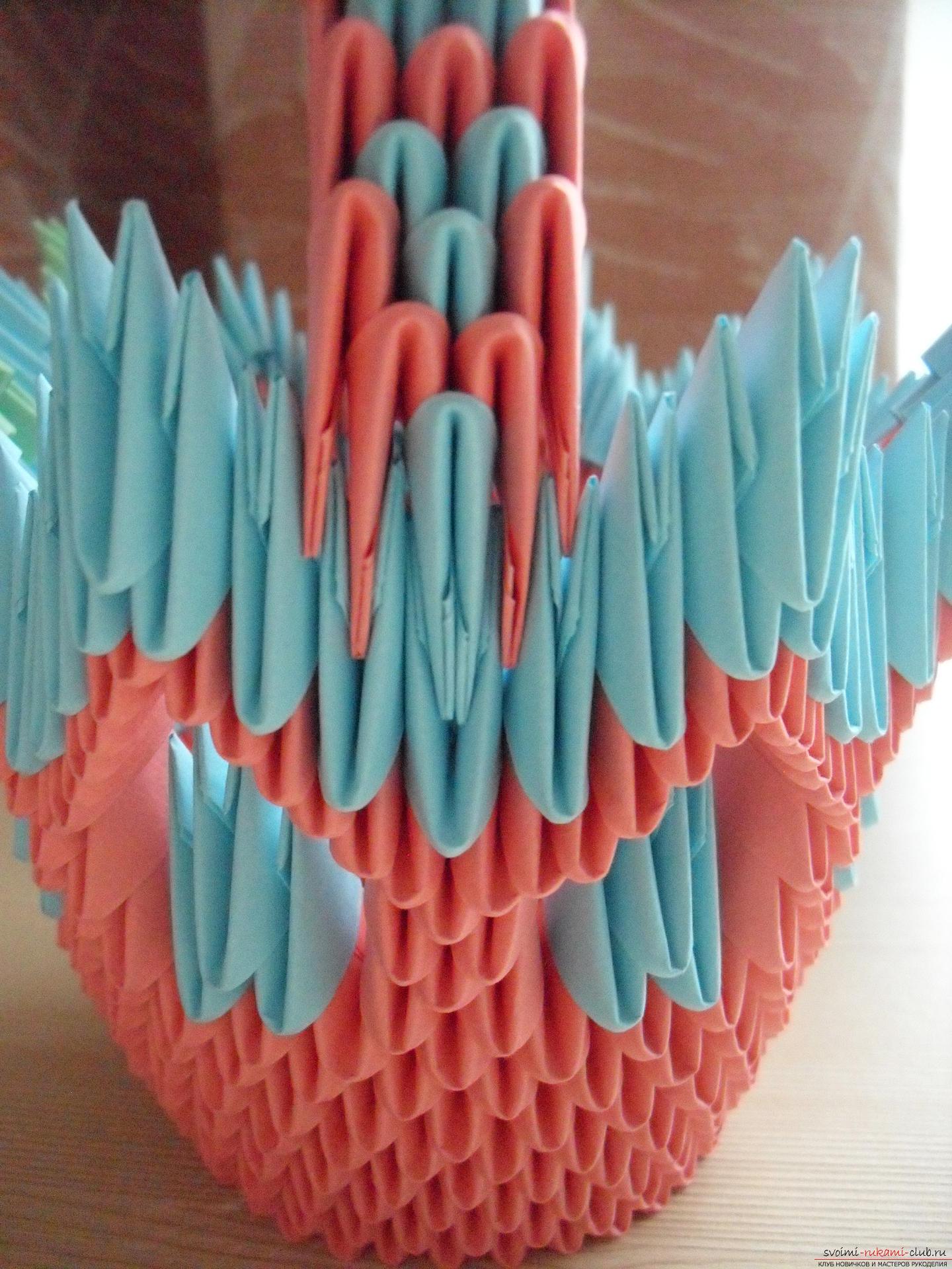 Этот пошаговый мастер-класс с инструкцией модульного оригами научит как сделать корзинку с лилиями.. Фото №17