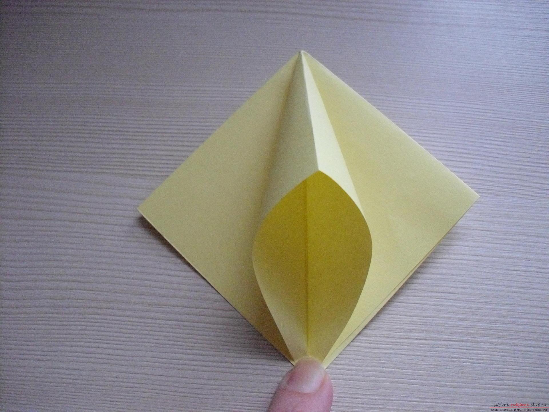 Пошаговое модульное оригами: корзинка с лилиями