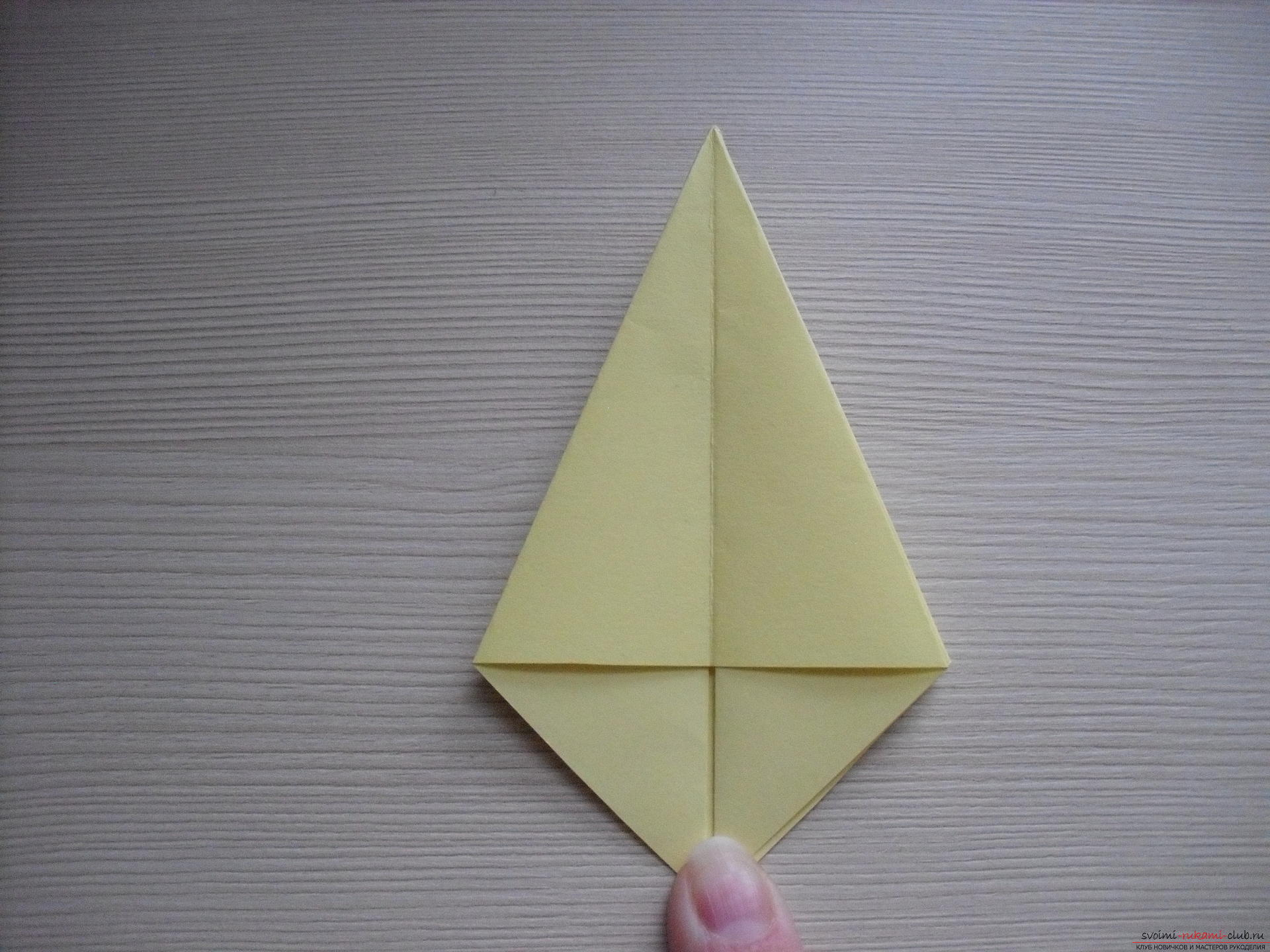 Этот пошаговый мастер-класс с инструкцией модульного оригами научит как сделать корзинку с лилиями.. Фото №29