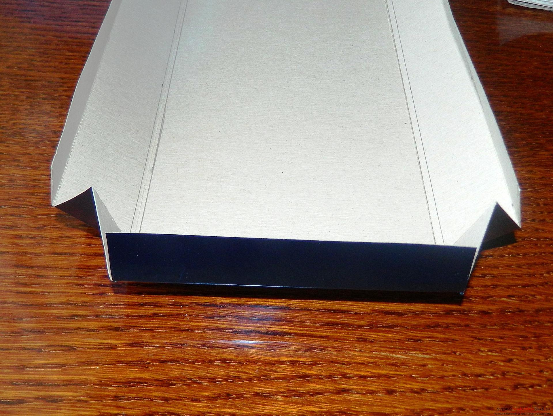 Этот мастер-класс расскажет как сделать подарочную коробку в технике квиллинг своими руками.. Фото №9