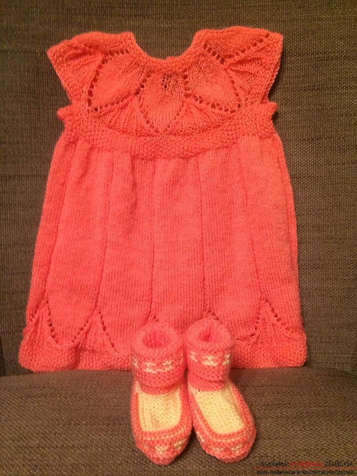 Платье-сарафанчик и пинетки для девочки 6-12 месяцев