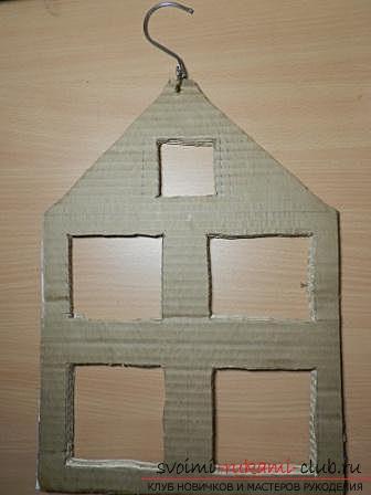 Креативный домик для создания порядка в шкафу из картона