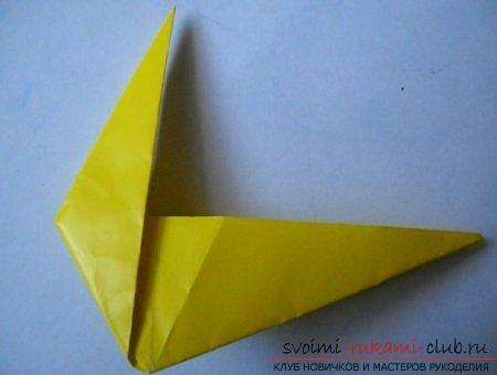 Объемная фигура собаки в технике оригами. Фото №3