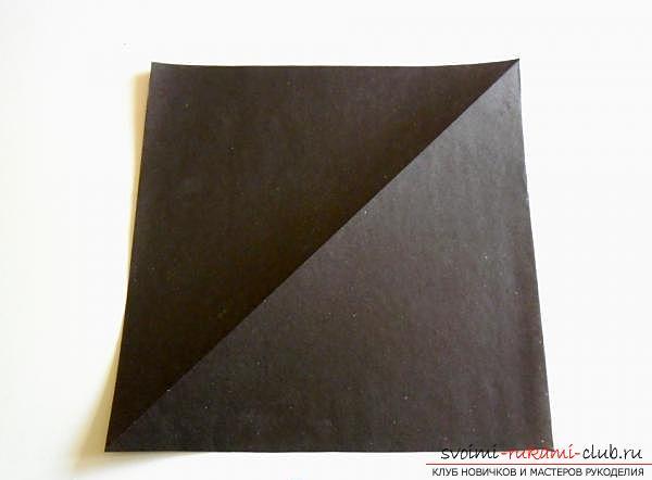 Как сделать ворону в технике оригами. Фото №1