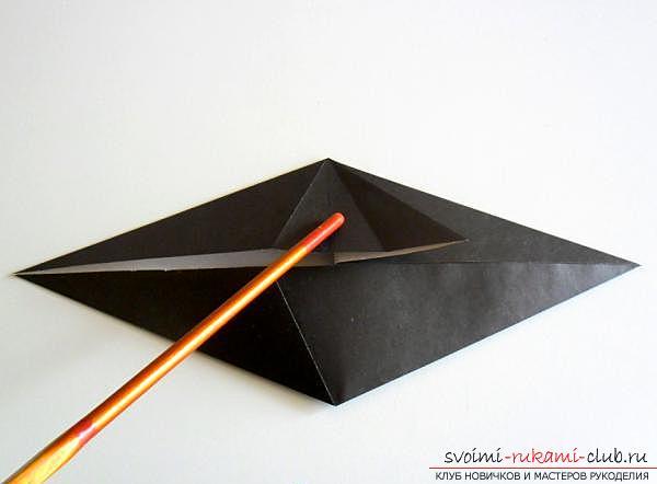 Как сделать ворону в технике оригами. Фото №7
