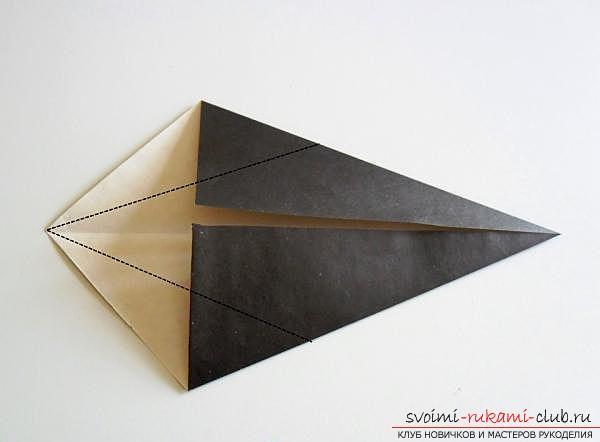 Как сделать ворону в технике оригами. Фото №3