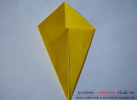 Объемная фигура собаки в технике оригами. Фото №1