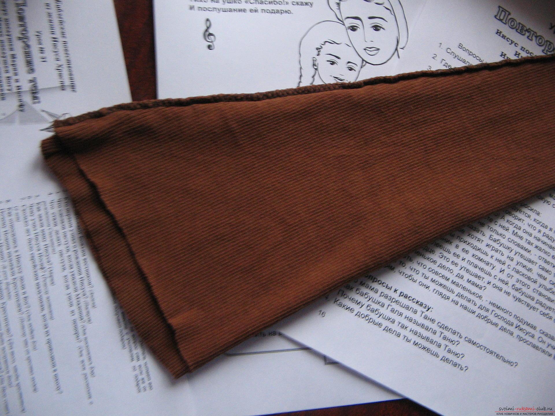 Как легко выкроить и пошить брюки для девочки на два года. Фото №5