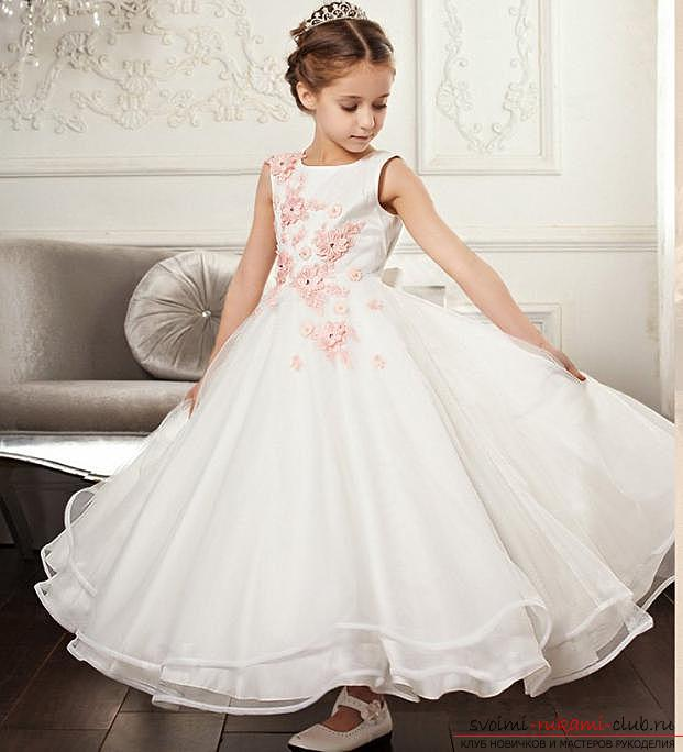 Легкая выкройка и пошив платья для девочки пяти лет. Фото №7