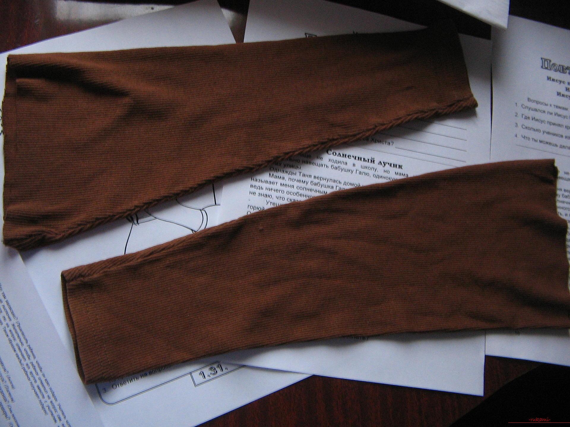 Как легко выкроить и пошить брюки для девочки на два года. Фото №4