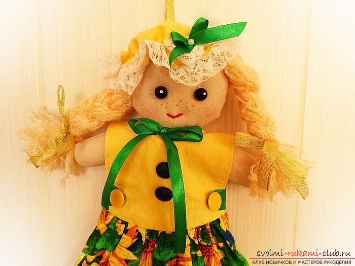 Как выкроить куклу будет интересно узнать всем мамочкам, у которых есть маленькие дочки
